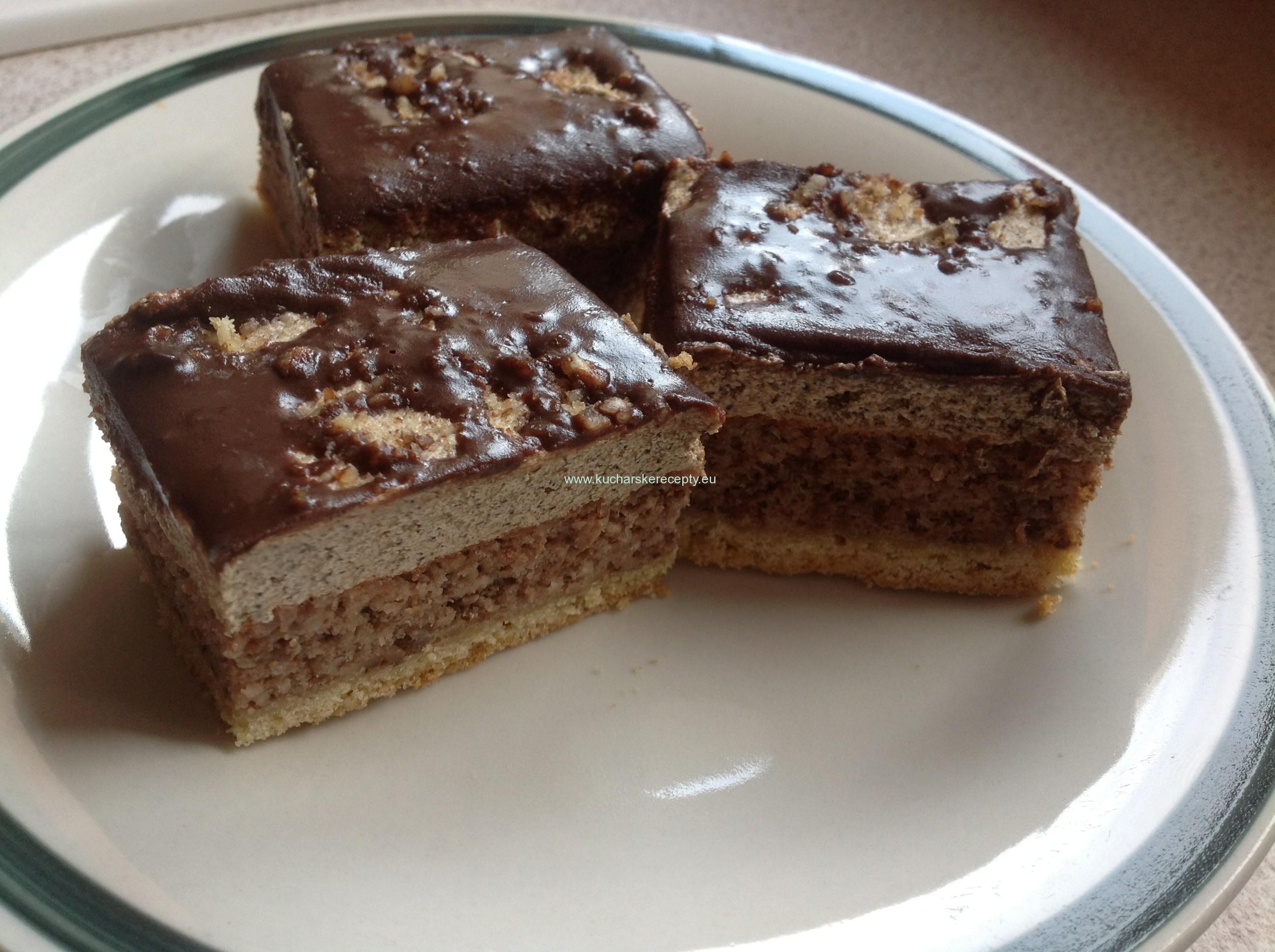 Orechovo-kávový rez