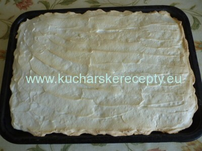 recept jablkovo-tvarohovy kolac 8