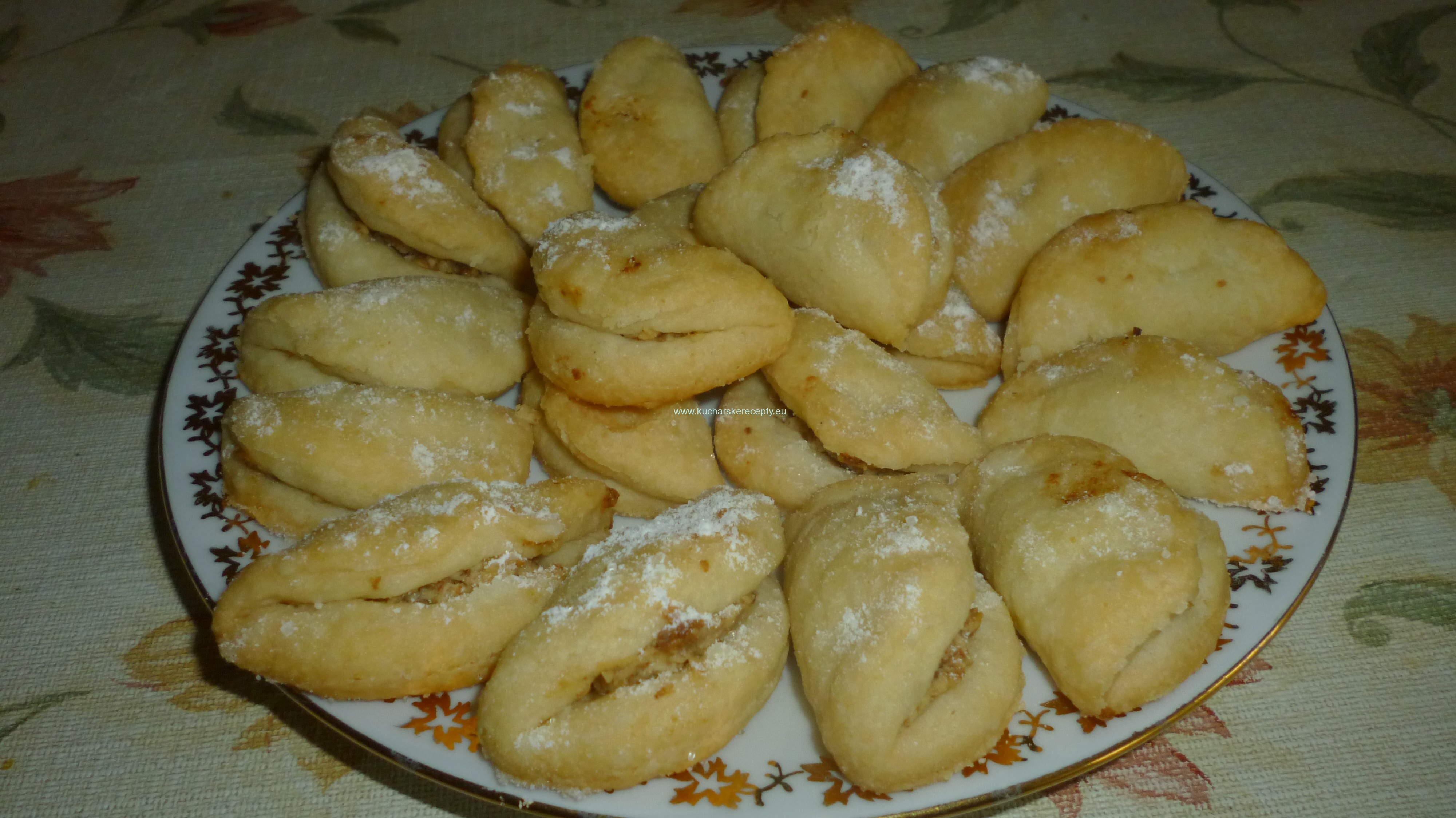 orechove tasticky recept
