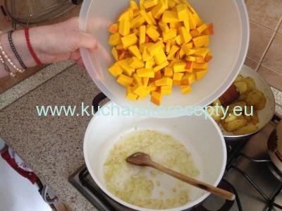 Tekvicova polievka hokkaido 3 recept