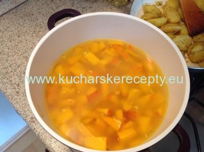 Tekvicova polievka hokkaido 4 recept